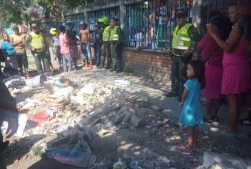 Autoridades investigan aparición de feto abandonado en el barrio El Vallado