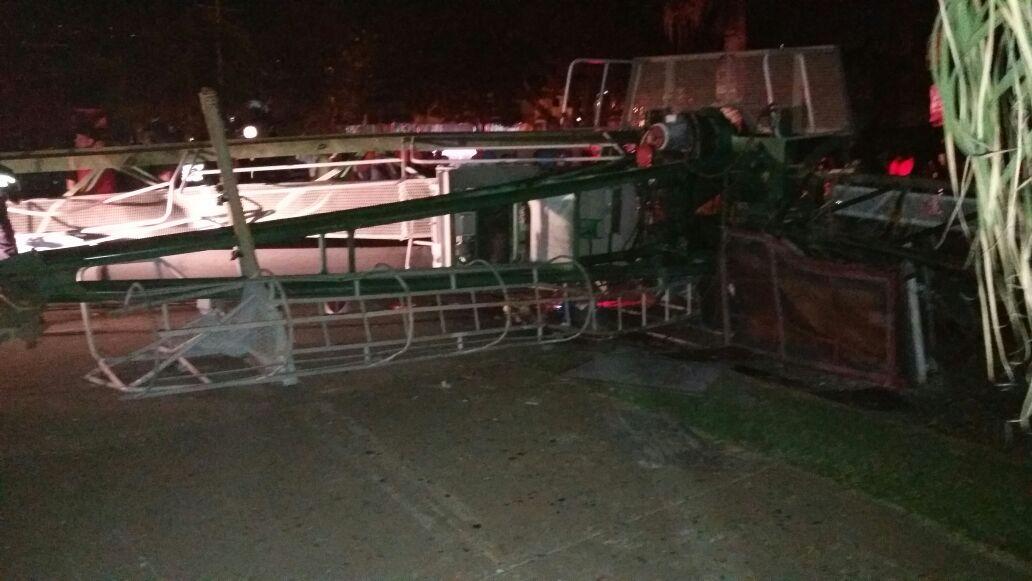 Una persona muerta y otra herida por caída de grúa frente a la Universidad Santiago de Cali