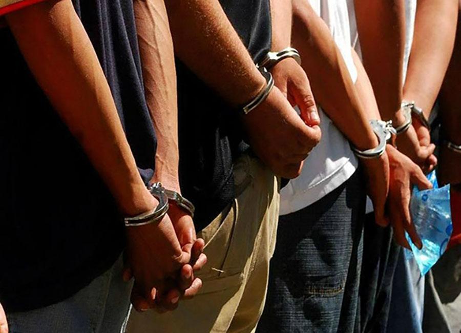 Cuatro Policías capturados por presunto hurto de 18 cajas de zapatos
