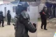 Comunidad rechaza ataques de la Policía durante desalojos en el Jarillón