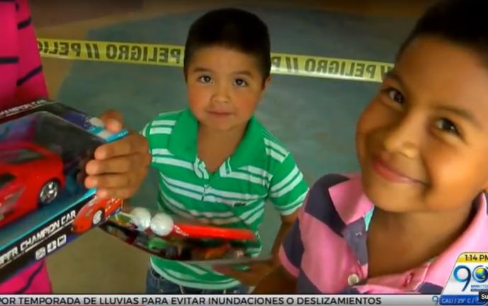 Vea cómo puede donar regalos a los niños más necesitados esta navidad