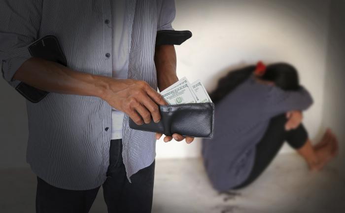 24 años de prisión para padres que prostituían a sus hijos en el norte del Valle