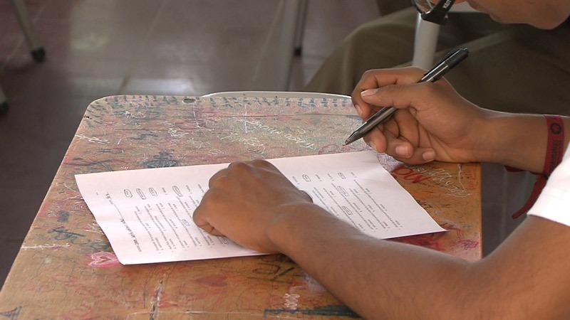 Buscarán frenar abusos de colegios de Cali en el pedido de útiles escolares
