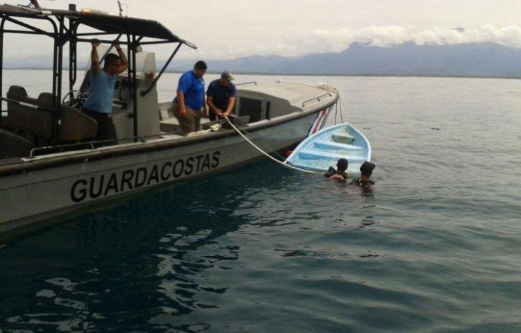 Mueren cuatro venezolanos al intentar llegar a la costa de Curazao