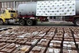 Camuflada en un camión cisterna, caen dos toneladas de marihuana en El Cerrito