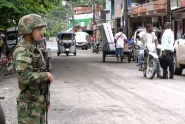 Investigan hostigamiento de grupo armado a estación de Policía de Belén de Bajirá, Chocó