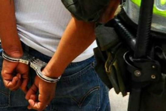 Policía capturó a hombre que extorsionaba comerciantes en Buenaventura, Valle