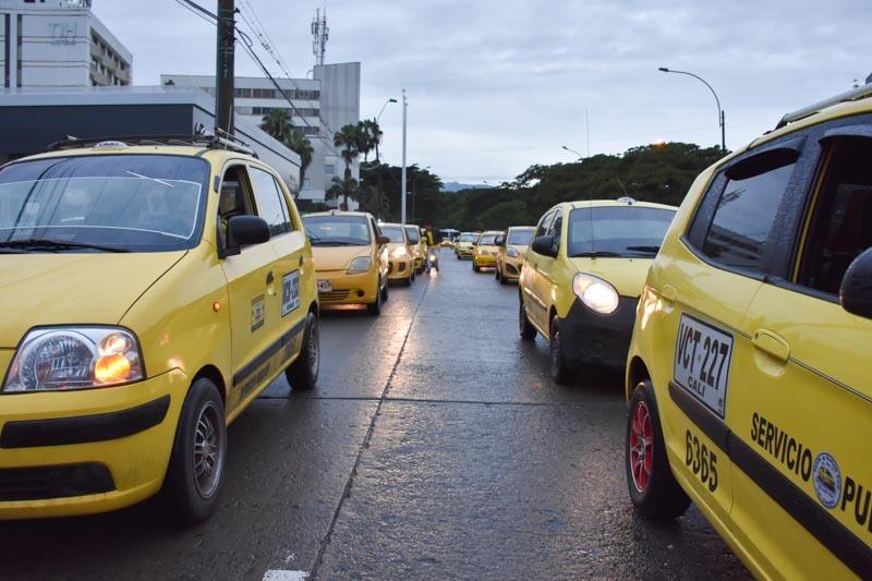 Taxistas de Cali no se ponen de acuerdo sobre el incremento en la tarifa del servicio