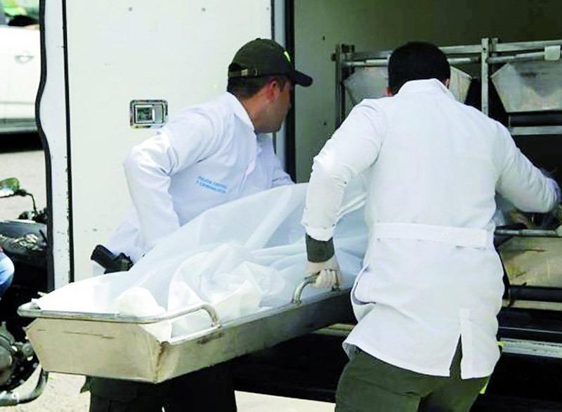 Hallan dos cuerpos sin vida atados de pies y manos en un jarillón del río Cauca