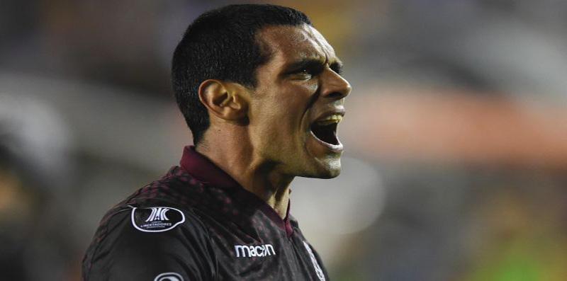 Así fue la dura despedida de dirigente de Lanús a José Sand tras salida del equipo