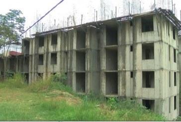 Garantizan recursos para terminar 320 apartamentos en Altos de Santa Elena