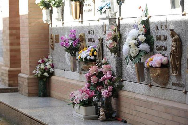 Con heridas de machete, encuentran cadáver de un hombre en cementerio de Rozo