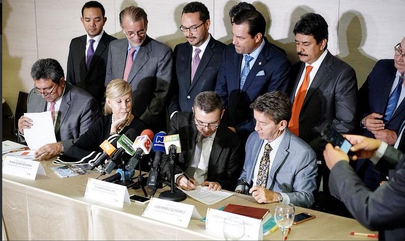 El Decreto que enfrenta a Luis Pérez con el Presidente Santos