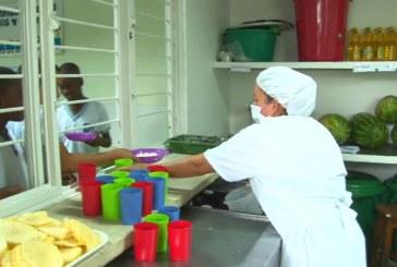 Destacan disminución en reclamos en Programa de Alimentación Escolar en el Valle