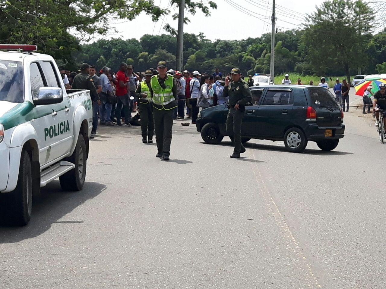 Habitantes de Jamundí protestan en la avenida Cañasgordas