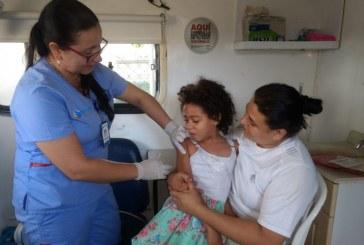 Nuevo esquema de vacunación contra la poliomielitis ya opera en Cali