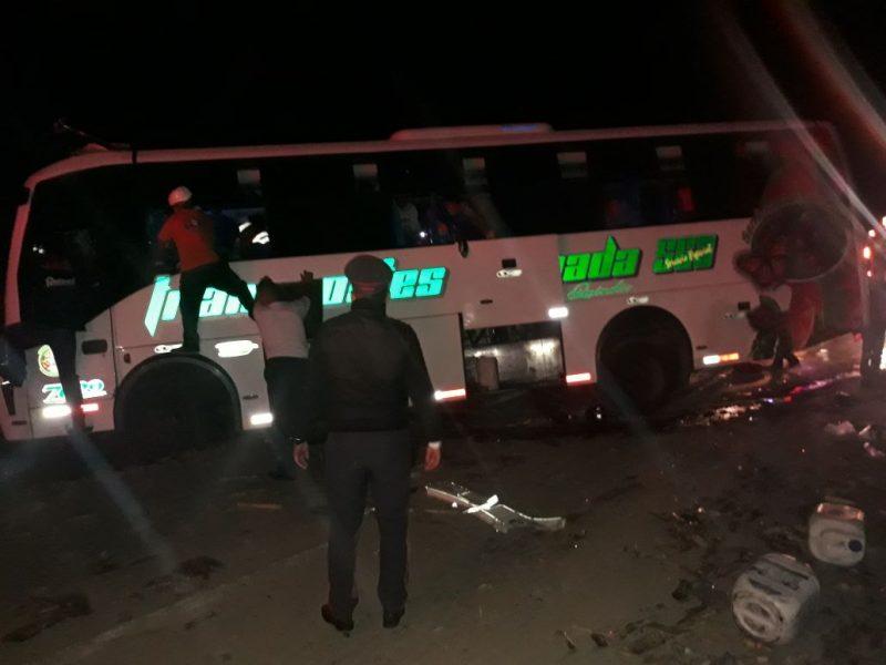 Accidente entre bus y tren cañero en el Valle deja al menos 35 venezolanos lesionados