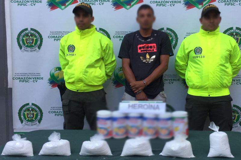 Capturan a joven que portaba 3.000 gramos de heroína camuflada en tarros de avena