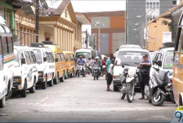Por chatarrización de vehículos antiguos, transporte público de Quibdó entró a paro