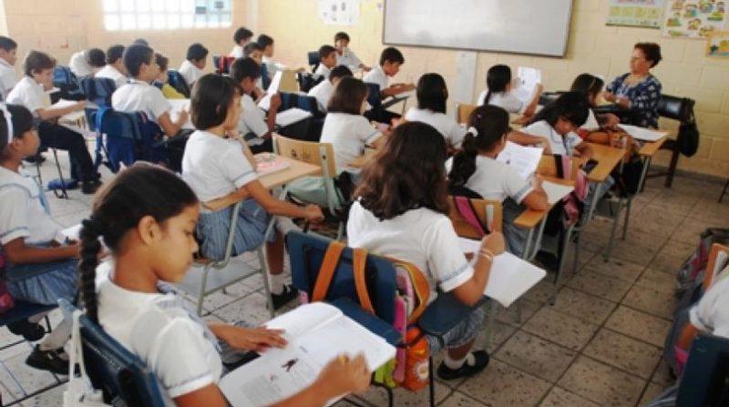 300 niños venezolanos ya cuentan con acceso a instituciones educativas en Cali