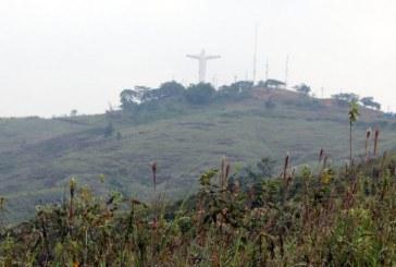 Evitan posible invasión en el cerro de Cristo Rey en Cali