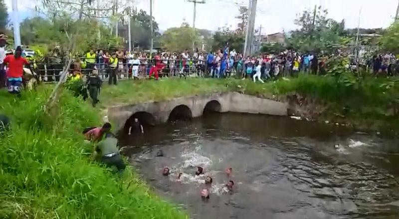Niño de 9 años murió ahogado en humedal del barrio Mojica cuando nadaba con amigos