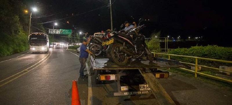 Operativo de las autoridades en vía al Mar y a Cristo Rey dejó 37 motos inmovilizadas