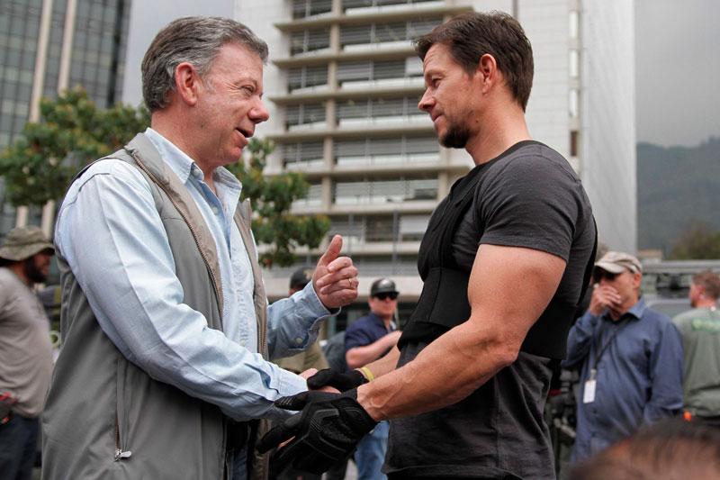Santos y Mark Whalberg tuvieron un encuentro de 'película' durante grabación en Bogotá
