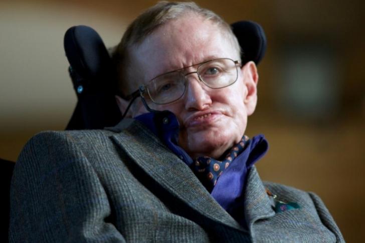 Tesis escrita por Stephen Hawking colapsó página de la Universidad de Cambridge