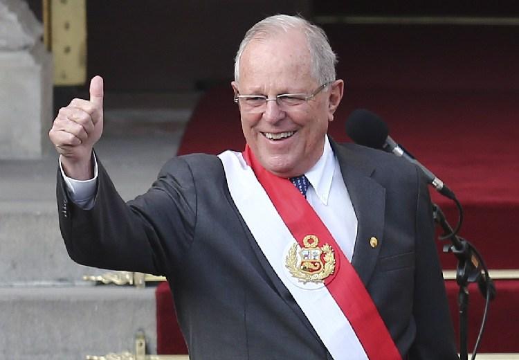 Oposición pide revocar al presidente de Perú Pedro Pablo Kuczynski