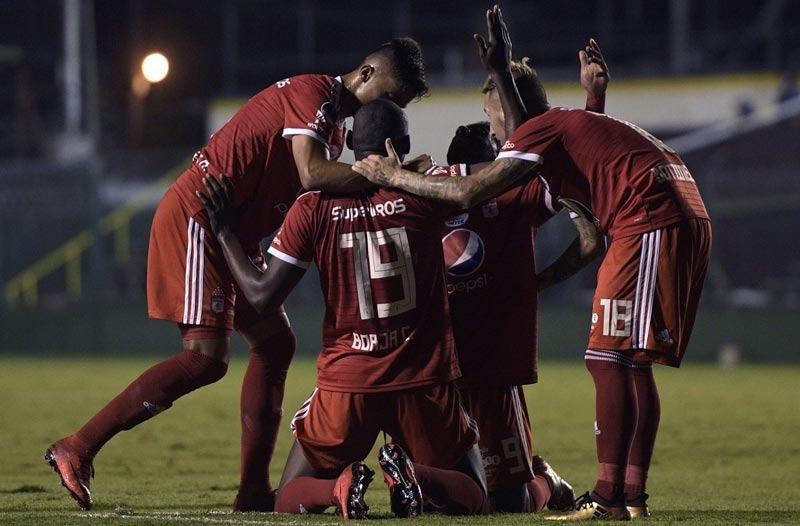 Cuatro equipos del fútbol colombiano, en situación de insolvencia