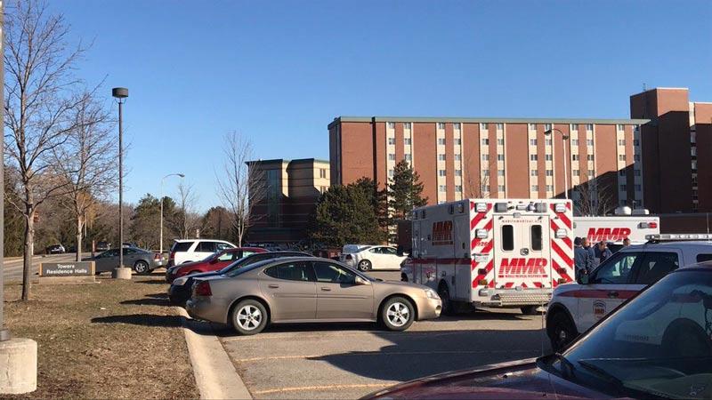 Registran muerte de dos personas en medio de tiroteo en universidad de Michigan