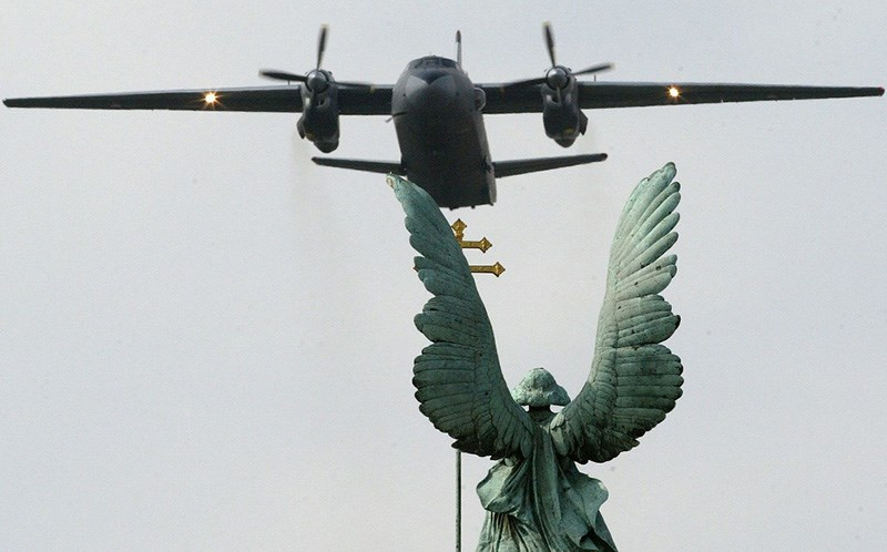 Se estrella avión de carga en Siria; hay 32 muertos