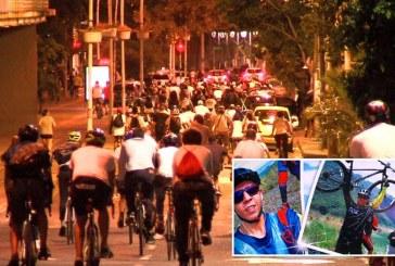 Con ciclopaseo nocturno rechazan asesinato de ciclista Sebastián Suárez en Cali