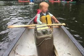 Conmoción mundial: roban carro con un bebé en su interior y lo tiran a un río