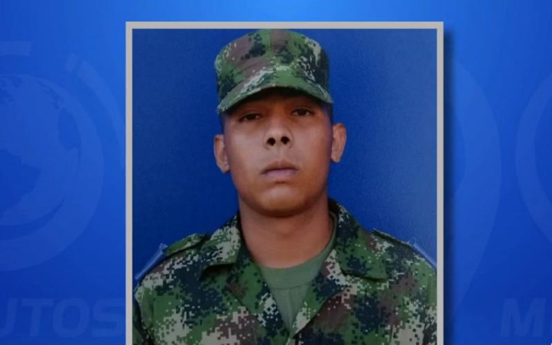 Padre de joven asesinado mientras prestaba servicio militar exige claridad sobre crimen