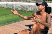 Polémica en redes sociales por mensaje de Neymar al fallecido Stephen Hawking