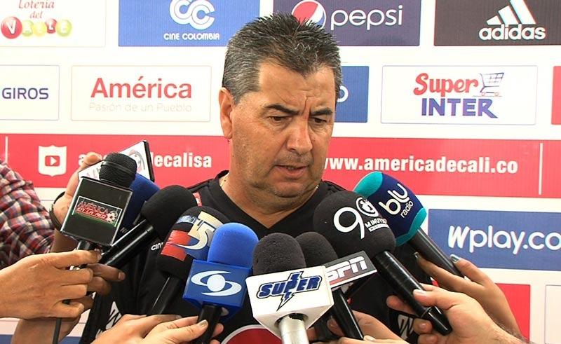 """""""El rendimiento del equipo es un tema entre el cuerpo técnico y jugadores"""": Da Silva"""