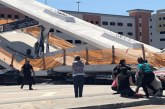 Van seis muertos tras derrumbe de puente peatonal en construcción en Miami