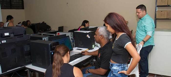 Todavía hay 23.000 cupos para estudiantes de Instituciones Educativas Oficiales en Cali