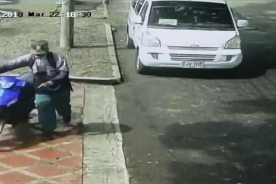 Habitantes del barrio La Flora denuncian constantes robos de motos en el sector