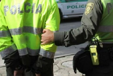 Seis miembros de la Policía fueron judicializados por extorsionar a mujer en Cali