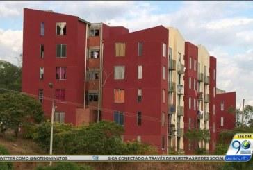 Alcaldía de Cali gestionará recursos para reanudar obras en  Altos de Santa Elena