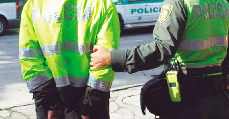 Capturan a dos patrulleros de la Policía de Cali por presunto secuestro extorsivo