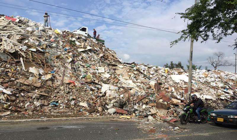 Puntos críticos de arrojo de escombros en Cali serán intervenidos a partir del primero de junio