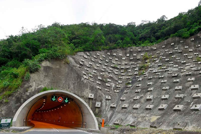 Destinarán dos billones de pesos de la Malla Vial del Valle para culminar vía al mar
