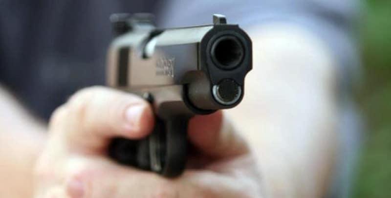 Un joven capturado y un herido es el saldo de un tiroteo ocurrido este viernes al oriente de Cali