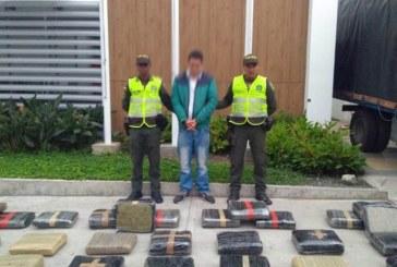 Capturan a hombre que transportaba 438 kilos de marihuana en un camión