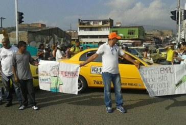 Continúan protestas de habitantes del centro de Cali por obras de 'Ciudad Paraíso'