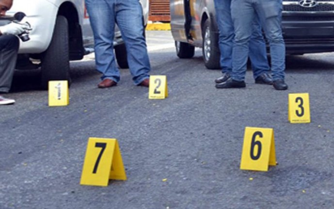 Fiscalía investiga asesinato de dos hombres dentro de vivienda en Yumbo